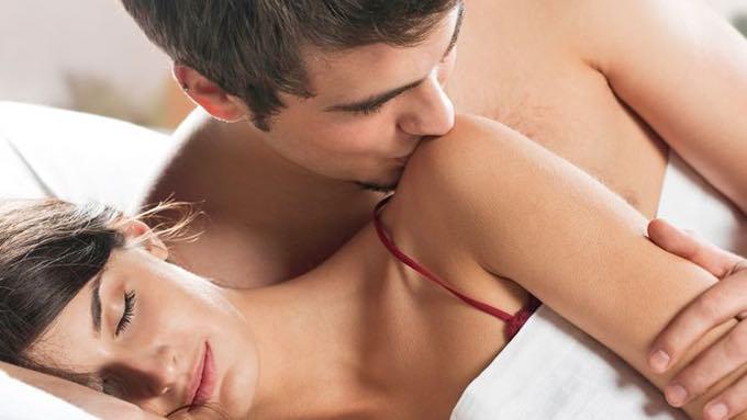 couple-sex-foreplay.jpg